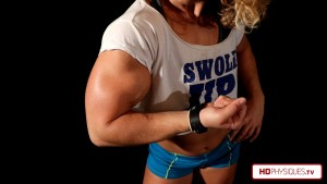 """HUGE Phenomenal biceps - The first 4 videos in the """"AlliCat and her Big 16's"""" Clips Studio are now up - go to HDPhysiques.tv and get them today!"""