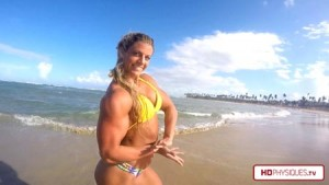 Get the latest Autumn Swansen - posing her muscles on the beach in Punta Cana, DR.  Weeks into her Arnold Prep, Autumn is already looking great!
