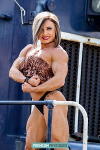Join our sister site PremiumPhysiques for the EXTREME vascularity and ripped muscle of IFBB Pro Hanna Hallman!