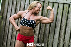 HUGE MUSCLE - Join HDPhysiques now for the mind-blowing muscle mass of the enormous and powerful Mary Cain!