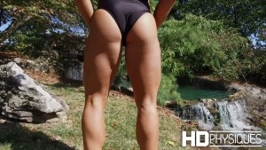Join HDPhysiques for those gorgeous glutes of Kayleigh Padilla!