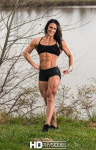 Look at those MONSTER quads!  There's a new quad queen in town - JOIN HDPhysiques today for Lisa Luettinger!