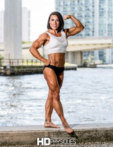 Lauren Rutan's Pro Card winning physique from 2017 NPC Nationals - Join HDPhysiques now for her amazing galleries!