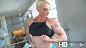the ULTRA-POWERFUL Lee-Anne Temnyk - Join HDPhysiques now for awesome galleries and videos from this incredible Aussie!