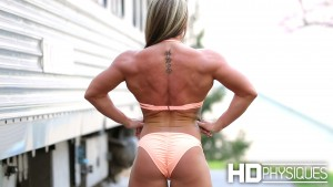 Leigha Coplan is IMPRESSIVE - look at that wide back and tight glutes - JOIN NOW!