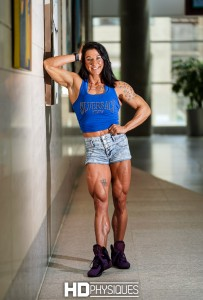 Look at the cuts and feathers in those gorgeous quads - amazing!  Join HDPhysiques now for new model Alyssa Isley!