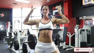 Click HERE to go to the Anneth Gunshow Clips Studio and get her latest huge muscle blasting gym video!