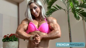MASSIVE  and SHREDDED - Shannon at her best!  A special 5-year Anniversary Edition, remastered in 1080p, of Shannon Courtney at her best - get it today at the Shannon Courtney Clips Studio!