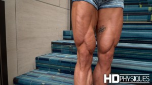 Alyssa has some of the best legs we've filmed this year... or any other year! Join HDP now for Isley's Monster wheels!