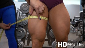 """Yes, you are seeing that correctly - those quads are nearly 25"""" - JOIN NOW to see Jess Chapa's measurements on the Measurements 2 page!"""